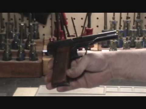 field stripping. FN Browning 1922 .32/.380 pistol field strip procedure