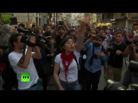 RAW: Anti-Erdogan protest in Istanbul turns ugly