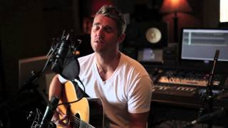 """Download Lagu Brett Young """"Kiss By Kiss"""": College Musician Gratis STAFABAND"""