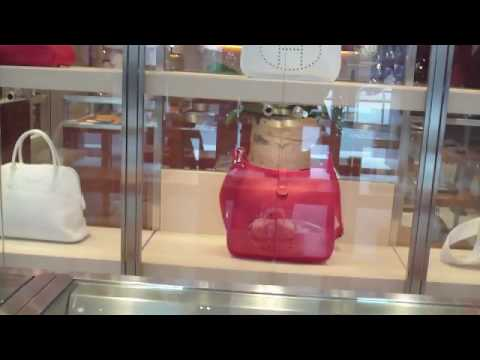 Shopping at HERMES store (Spycam)