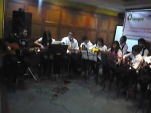 ESCUELA DE MUSICA CANAPRO MUESTRA FINAL GUITARRAS Y CLARINETES 05