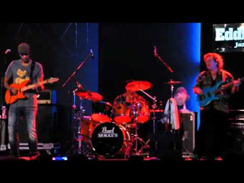 Greg Howe, Stu Hamm and Dennis Chambers - Eddie Lang Jazz festival 2011
