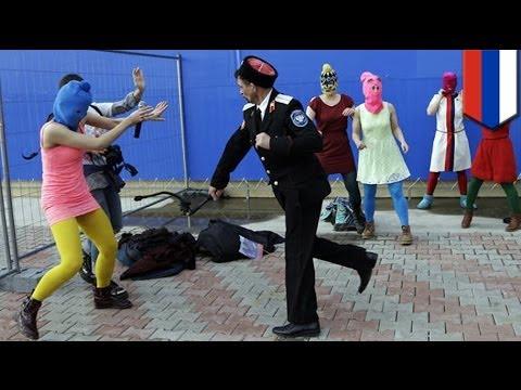 Pussy Riot, binugbog ng Cossack militia sa Sochi, Russia!