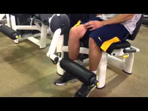 Prevent knee tendonitis with eccentric leg extensions Image 1