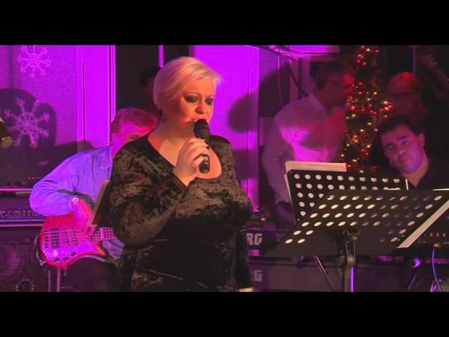 Monica Anghel - Spune-mi (LIVE in Garajul Europa FM)