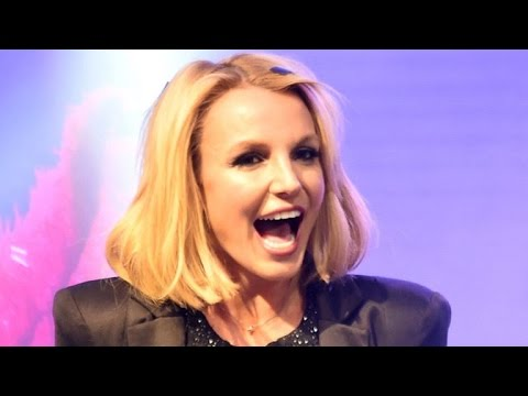 Britney Spears Suffers Ankle Injury After Embarrassing Stage Fall