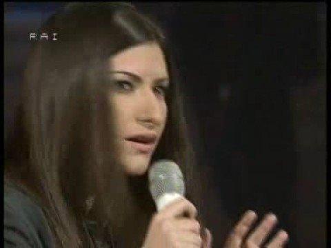 Laura Pausini e Fiorello cantano Baglioni -