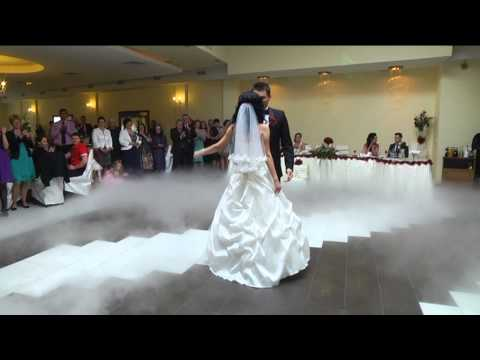 Dansul Mirilor -- Andrei & Malvina --