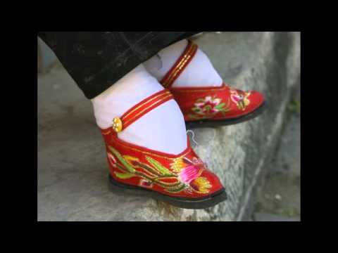 Asian foot wrapping