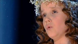 Indigokind Amira Willighagen singt AVE MARIA