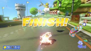 Mario Kart 8 Deluxe: Online Team Races and Battles with friends