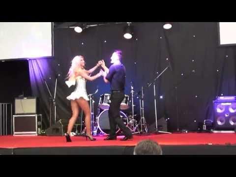 Andreea Balan & Petrisor – Salsa Concert SIAB 7.04.12