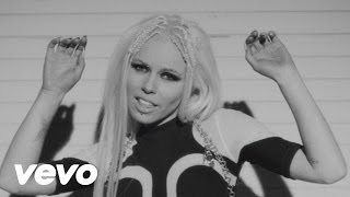 Клип Kerli - The Lucky Ones