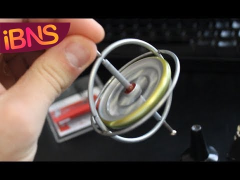 Playing with a gyroscope - cool physics toy