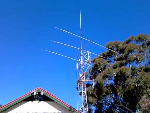 VK100WIA Super Springtime Wireless Hill - Antennas