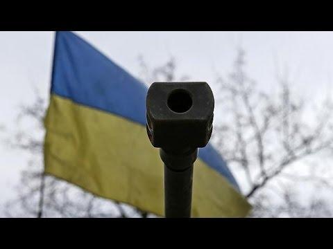 مشاهد مأساوية في ديبالتسيفي، واستمرار سريان هدنة هشة.