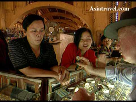 Shopping in Phnom Penh, Cambodia by Asiatravel.com