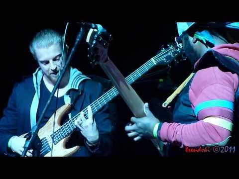 Thundercat Walkin on Thundercat   Exchange La 11 17 2011