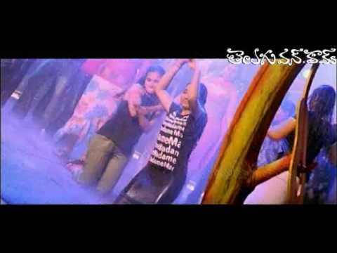 Navaneeth Kour enjoying with Rain Dance Video