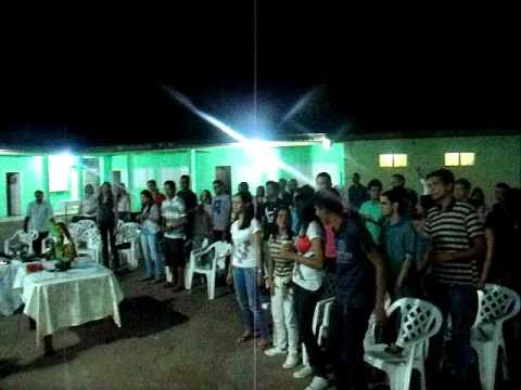 Jovens na Primeira Igreja Batista em Tijucal parte 02