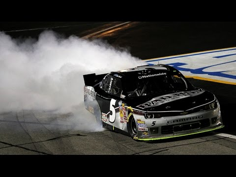 Harvick wins Atlanta in dominating fashion