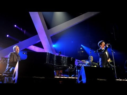 Hugh Laurie &amp; Jamie Cullum perform &quot;Hallelujah, I Love Her So&quot; - Children in Need Rocks - BBC