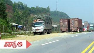 Cao tốc Nội Bài – Lào Cai bị xâm phạm ngang nhiên | VTC