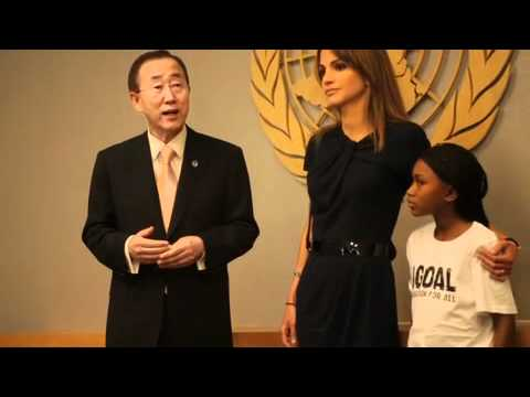 1GOAL hand-in of 18 million supporters to Ban Ki-moon
