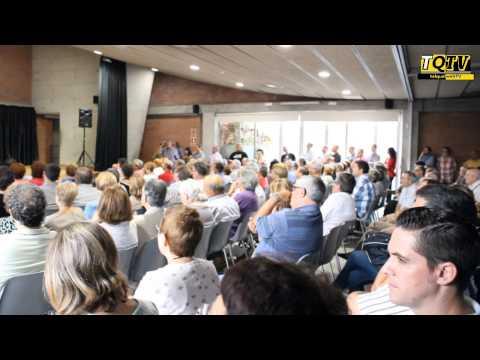 Baño de masas del candidato a secretario del PSOE, Eduardo Madina, en su visita a Terrassa