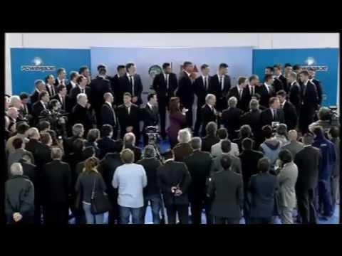 La Presidenta recibió a la Seleción en Ezeiza