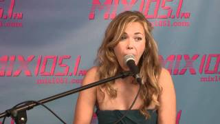 Watch Rachel Platten 1000 Ships video