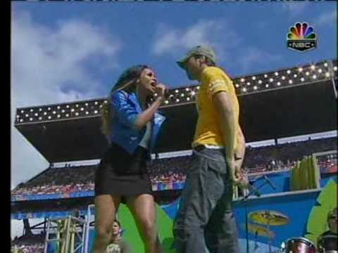 Enrique Iglesias Feat. Ciara - Takin Back My Love (Live)