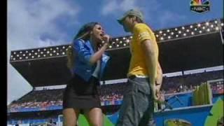 Enrique Iglesias Feat. Ciara - Takin Back My Love (Live)
