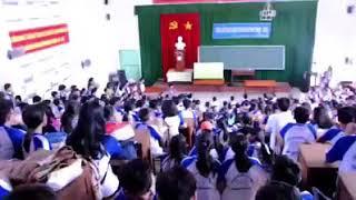 Olympic Việt Nam vs Olympic UAE - cổ động viên trường THSP Trà Vinh