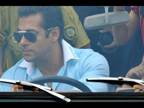 Salman Khan throws fan's mobile out on the road