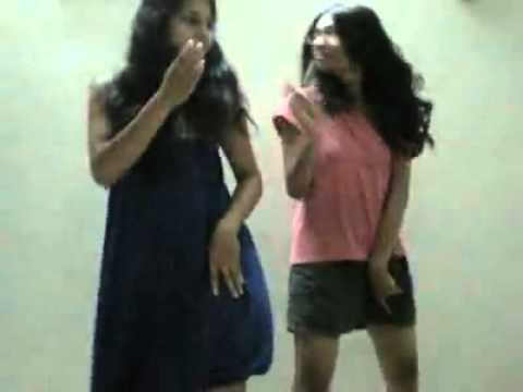Girls masti dance (enjoyful).mp4