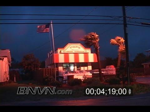 8/31/2006 Tropical Storm Ernesto video from Carolina Beach NC