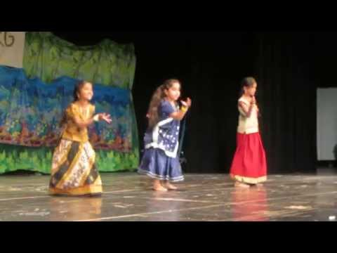 Dance On Old Hindi Song By Vv Kids video