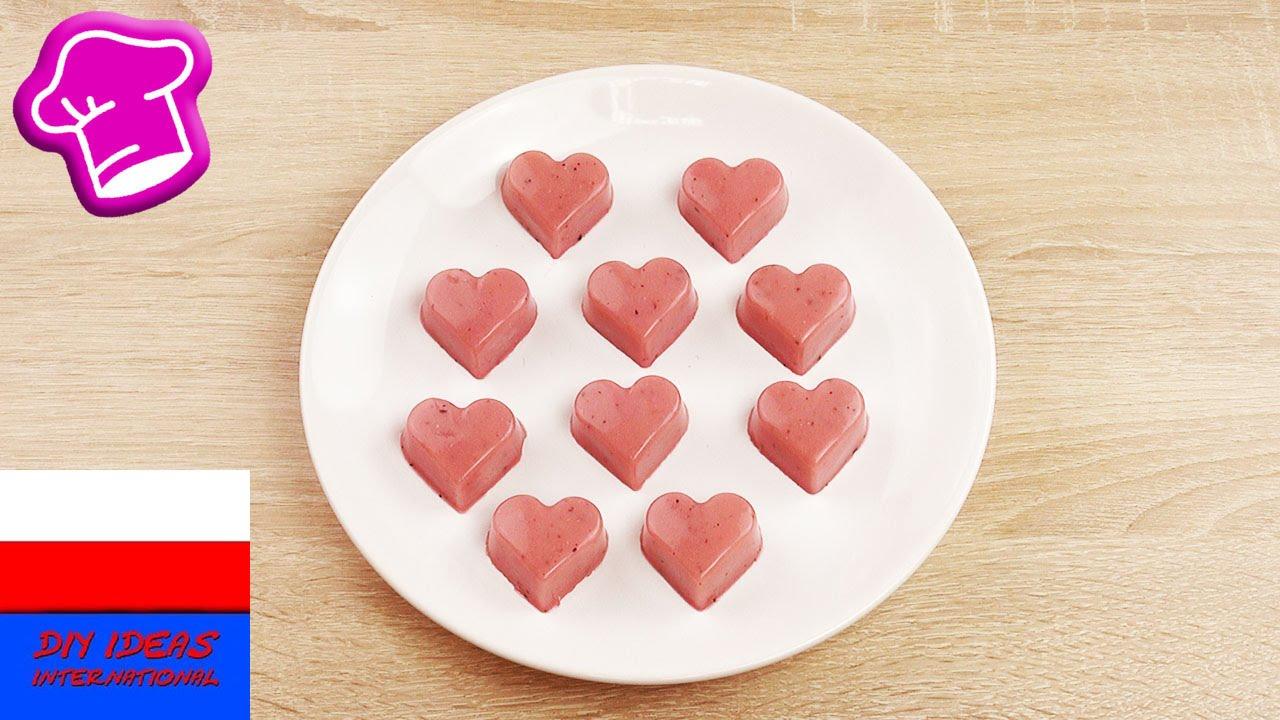 Żelki owocowe z truskawkowego smoothie | w kształcie serca | wegetariańskie z agartyną