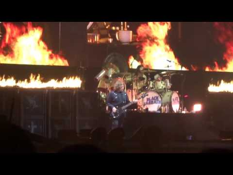 Black Sabbath - Iron Man - Download 2016