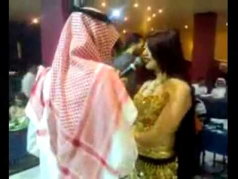 Crazy Dudes in Dubai Night Clubs.flv