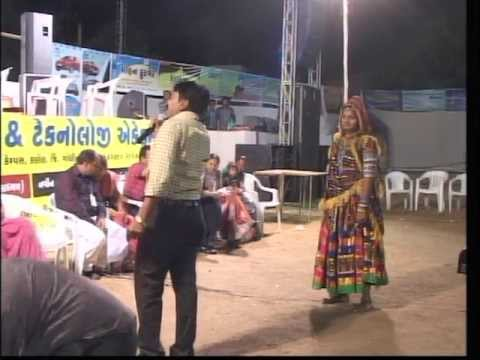 Vikram Thakor Mamta Soni - Gujarati Garba Songs Live 2012 - Day10 - Part 26 video