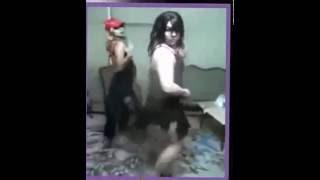 حفلة رقص مصري بقمصان نوم مثيرة 4