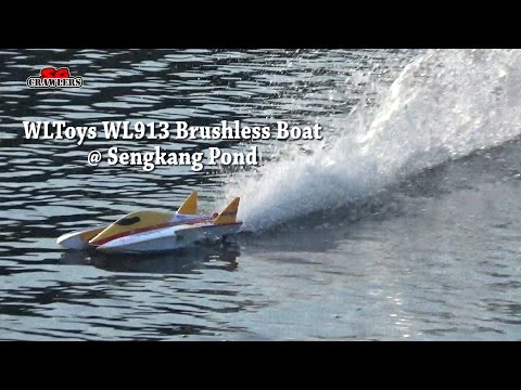Wltoys WL913 Brushless Boat High Speed Racing RC Boat fun at Sengkang Riverside Park Pond
