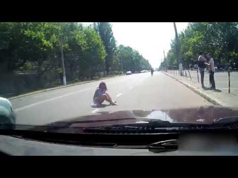 Сбили девушку ( ДТП ) Одесса посёлок котовского (04.07.2016)