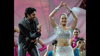 IIFA Awards Performance | Kajra Re feat Aishwarya Rai, Abhishek & Amitabh Bachchan