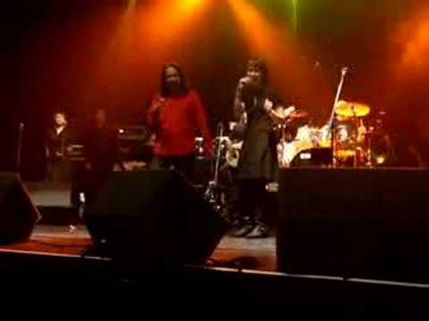 Dua Insan - M Nasir feat Korn Live in Dublin