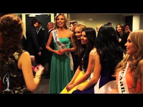 Miss Universe - Olivia Culpo Visits Russia video