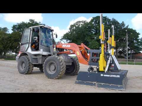 1 - Unieke Mekos / MCS  Leveler voor vlak en tonrond leggen van zandbanen. ( patent )