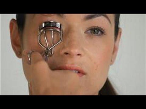 Consejos de Maquillaje : Cómo hacer que los ojos se vean más grandes